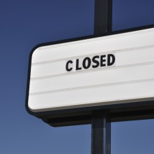 iStock_ClosedBusiness